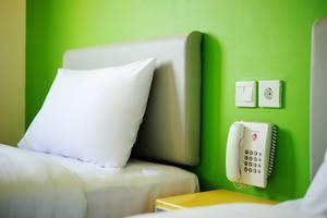 Amaris Hotel Serpong Tangerang - Room