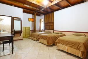 Aquarius Orange Resort Bogor - Six Bedroom - Concrete