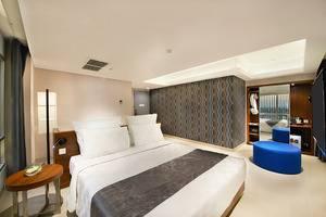 Crown Prince Hotel Surabaya - KAMAR ALEXANDRITE