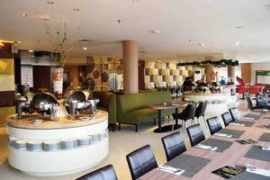 Crown Prince Hotel Surabaya - Restaurant