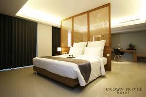 Crown Prince Hotel Surabaya - Classy