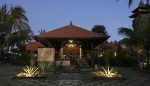 Nugraha Lovina Seaview Resort & Spa