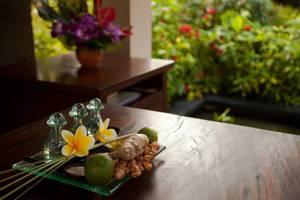 Kamuela Villas & Suites Sanur - Aum Spa