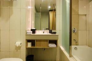 The Kana Kuta Hotel Bali - Kamar mandi Suite