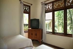 Lokasari Bungalow Bali - Kamar tamu