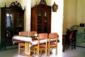 Merbabu Hotel Yogyakarta - Kamar makan