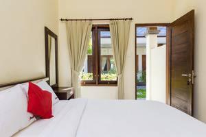 RedDoorz @Batur Sari Sanur Bali - Kamar tamu