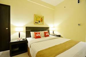 ZEN Premium Bandengan Selatan Jakarta - Kamar tidur