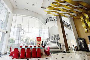 ZEN Premium Bandengan Selatan Jakarta - Interior Hotel