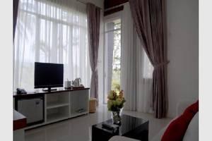 NIDA Rooms Cianjur Kampung Babakan Tangkil - TV