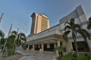 Hotel Aryaduta Palembang - Hotel Building