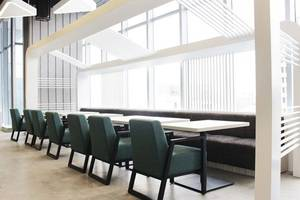 Yello Hotel Harmoni Jakarta - Restoran