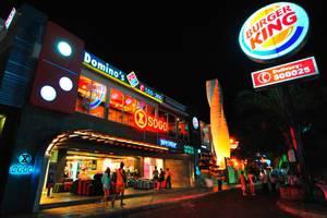 J Boutique Hotel Kuta - Discovery Shopping Mall (berjarak 10 menit jalan kaki)
