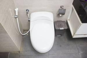 Tinggal Standard Kusuma Bangsa Ketabang Genteng - Kamar mandi