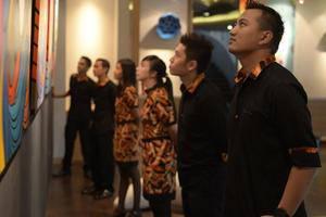 Artotel Surabaya - Crew
