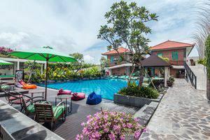ZEN Premium Seminyak Laksamana Bali - Kolam Renang