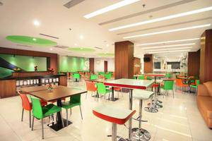 Favehotel Hyper Square Bandung - Restaurant