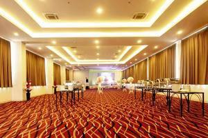 Favehotel Hyper Square Bandung - Ballroom