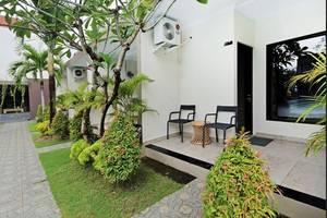 Ledang Villa By YOM Bali - teras