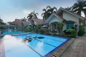 Pesona Krakatau Cottages & Hotel Serang - Kolam Renang