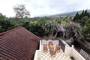 Jayagiri Guesthouse Bandung - Common Space