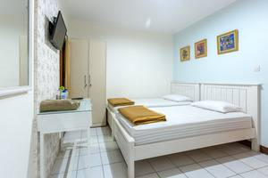Jayagiri Guesthouse Bandung - Kamar 9 Tipe superior (kasur Twin)