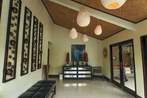 Villa Padi Pakem Yogyakarta - ruang tunggu dalam