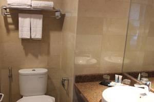 Hotel Remcy Panakkukang Makassar - Kamar mandi