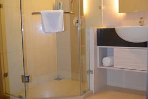 Nite & Day Jakarta Bandengan - Kamar mandi