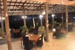 Bayu Amrta Hotel Sukabumi - Ruang makan