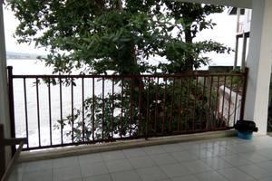 Bayu Amrta Hotel Sukabumi - Balcony