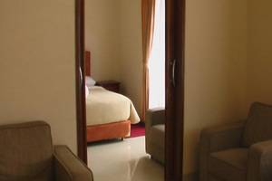 Puri Bernadi Guest House Bandung - Kamar Presiden Suite