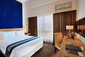Swiss-Belinn Malang - Deluxe Queen Room