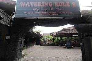 Agung and Sue Watering Hole II Sanur - Gerbang