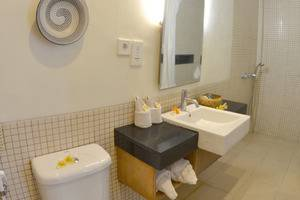 Pondok Sari Hotel Bali - Kamar Mandi