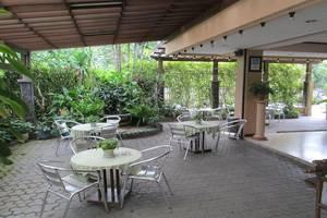 Pondok Asri Family Guest House Surabaya - Ruang tamu