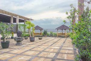 Hotel Marilyn South Tangerang - Outdoor Rooftop