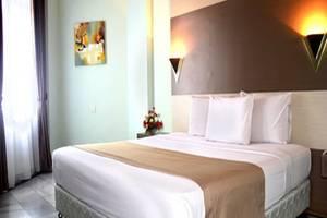 Condominium Danau Toba Hotel Medan - Kamar Deluxe