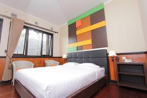 Rollaas Hotel and Resort Malang - Kamar tamu