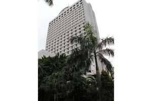 Garden Palace Surabaya - Tampak Luar