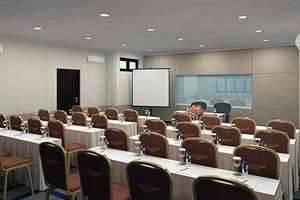 Country Heritage Surabaya - ruang rapat
