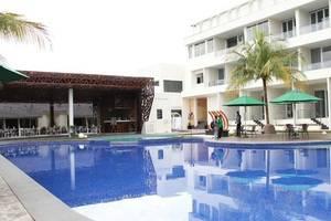 Java Heritage Hotel Purwokerto Purwokerto - Kolam Renang