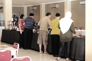 Hotel Sinar 1 Surabaya - Breakfast Buffet