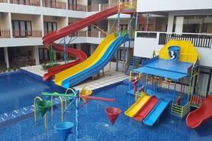 d'BILZ Hotel Pangandaran - Kolam Renang