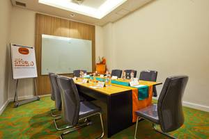 HARRIS Hotel and Conventions Denpasar Bali - Boardroom