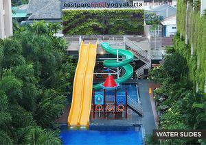 Eastparc Hotel Yogyakarta - Pool Slide