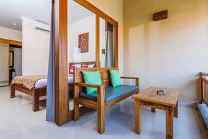 ZenRooms Tamblingan Sanur Homestay Bali - Teras