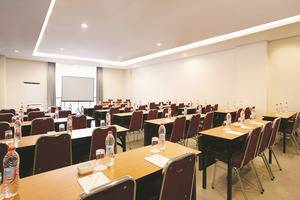 Amaris Hotel Bintoro Surabaya Surabaya - Meeting Room