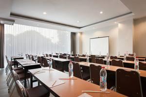 Amaris Hotel Bintoro Surabaya - Meeting Room