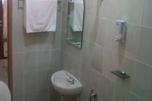 Hotel Prima Asri Malang - Kamar Mandi